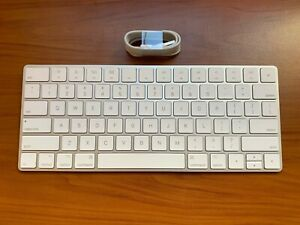 Apple Magic Wireless Keyboard 2 Rechargeable Bluetooth MLA22LL/A A1644