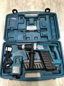 Makita Site Master 24V Cordless Hammer Drill 2 Batteries Charger & Carry Case