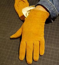 Vtg. Dead stock Ladies women's Small to Medium buckskin leather driving gloves