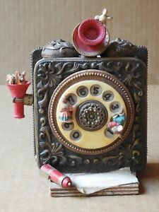 """THREE JAYS IMPORTS WIND-UP MOTION MUSICAL ROTARY TELEPHONE, """"MY FAVORITE THINGS"""""""