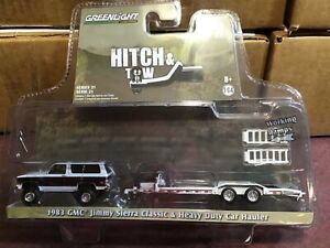 Greenlight  HITCH & TOW 1983 GMC Jimmy Sierra & heavy duty car trailer