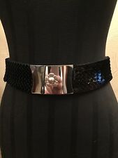 "Vintage 1970's 80's Ladies Silver Metallic Fish Scale Stretch Belt - 1 3/4"" Wide"