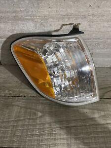 2005-2007 Toyota Sequoia Cornerlight Right Passenger New Cornerlamp Signal OEM