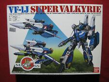 Bandai Macross VF-1J Super Valkyrie 1:100 Model Kit MIB Japan Vintage Robotech