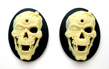 2 Goth Punk Zombie Dead Emo VAMPIRE SKULL w/ SPIDER & BULLET 40mm x 30mm CAMEOS