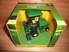 ERTL John Deere Fairway Mower 7700 in original box nice condition rare from 2009