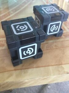 Anki Vector Robot Pick up Cubes x2