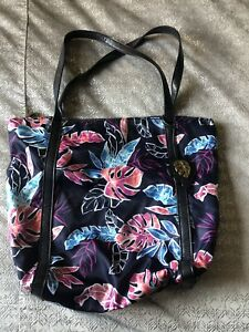 Tommy Bahama Water Resistant Beach Bag Purse
