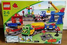 LEGO Duplo Güterzug mit Motor Eisenbahn Lok Waggon Ladekran Komplett OVP (5609)
