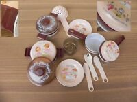 coqueval hallmark cards inc pots doll, ancienne dinette METAL 1979