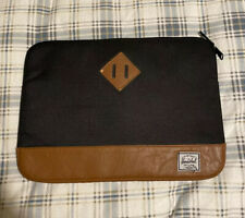 Herschel Sleeve Padded Case Cover Black Laptop Tablet