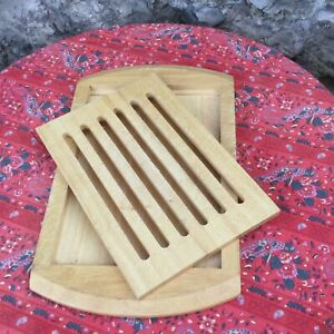Vintage FRENCH BREAD Baguette CUTTING BOARD Solid WOOd Slatted Crumb Catcher
