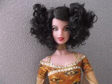 COLLECTOR Poupée Doll Barbie Gustav Klimt  Museum Collection TBE comme neuve