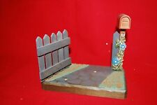 Vtg Anri Handpainted Handcarved Display Stand Fence w Mailbox and Flowers Ec