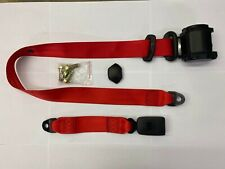 - RED universal 3 point seatbelt with webbing buckle