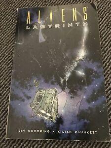 Aliens Labyrinth Graphic Novel / Comic Book