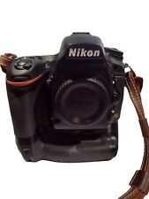 Nikon D750 24.3 Mp Full Frame Digital Slr Camera with Nikon Mb-216, extras, Ex+