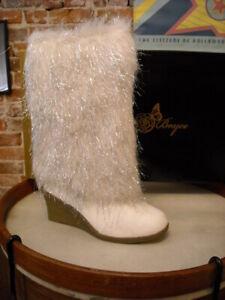 Joan Boyce Ivory Winter White Shaggy Metallic Fur Winter Wedge Boots 6.5 Sale