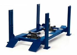 1:18 Scale 4 Post Workshop Hoist Color: Navy Blue