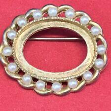 Marvella White Pearls Gold Tone Brooch
