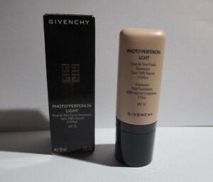 Givenchy Photo Perfexion Light Fluid Foundation SPF 10  ,  03 Light Sand 30ml