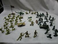 """Lot of Green Army Men  Plastic 2"""" Figures Military Play Toys 3 colors (A6)"""