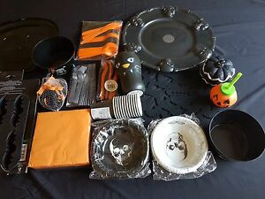 Halloween-Black/Orange Party Range-Tray,Bowls,Cutlery,Place Mats(larger postage)