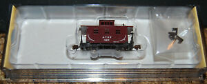 N Scale Bachmann-Old-Time Wood Caboose  Silver Series Santa Fe ATSF 15753