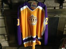LOS ANGELES KINGS VINTAGE LUC ROBITAILLE AUTOGRAPHED XXL, CCM JERSEY WITH PATCH