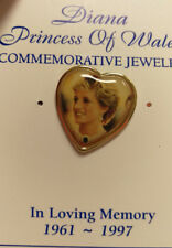 Diana Princess of Wales Commemorative Pin on card - unused Original Princes Di