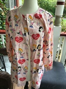I Love Lucy Lab Coat Scrub Top   Snap Button Long Sleeve   Womens S