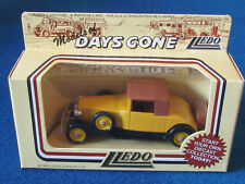LLEDO DAYS GONE DIECAST FIGURE - ROLLS ROYCE PLAYBOY BREWSTER - DG24000