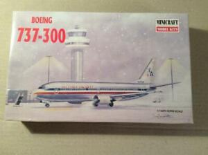 Minicraft, Boeing 737-300, American airlines, 1/144 - Rare