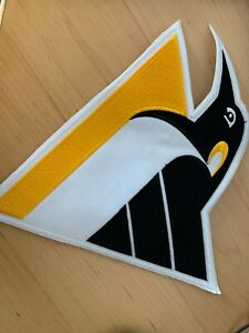 """PITTSBURGH PENGUINS LARGE CREST PATCH 11"""" x 11"""""""