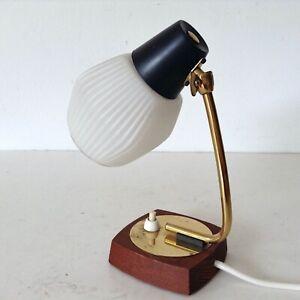 alte Vintage Nachttischlampe 50er 60er Teak gold schwarz Milchglasschirm