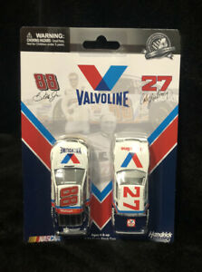 CALE YARBOROUGH 1982 BUICK DALE EARNHARDT JR 2015 RETRO VALVOLINE 2 CAR 1/64 SET
