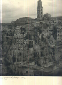 TORRE DI BABELE È IL SOGGETTO DI 2 DIPINTI DI BRUEGHEL  - SERGIO LATERZA 2012
