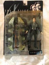 McFarlane Toys Agent Fox Mulder Arctic Gear Alien Action Figure