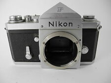 NIKON F BODY WITH PINTA PRISM 646# EARLY  WORKS WELL CLEAN SHUTTER NICE USABLE