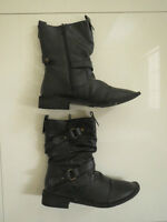 BN  Gallaz Ladies Alina Black Lined Ankle Boots  Size 6