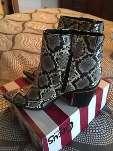 sam edelman boots size 8