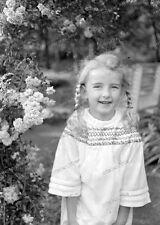 Negativ-Portrait-1920 /1930 er Jahre-young-Happy-Cute Girl-Frau-Mädel-mode-2