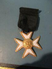Antique Mason's Knights Templar Cross Medal