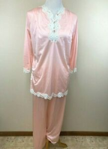 Montgomery Ward M Vintage Peach Blush White Lace Nylon Pajama Set