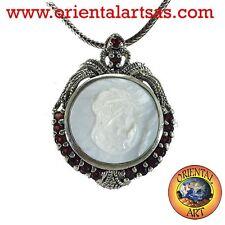 Broche colgante camafeo en madre perla , granate ,marcasita en Plata 925