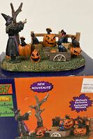 LEMAX SPOOKY TOWN FRIGHTFUL FELINE CHOIR  #03505 MICHAELS Table Accent Witch Cat