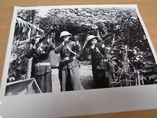 VIETNAM WAR - ORIGINAL PRESS PHOTO (LARGE) - SOUTH VIETNAMESE GIRLS' MILITIA
