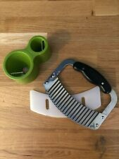 Pampered Chef Large Crinkle Cutter Vegetable, Potato, Cheese Chopper Wavy Knife