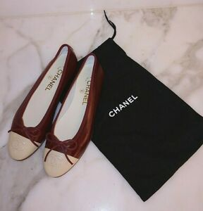 New Chanel Ballet Flats Ballerina Shoes 7 Red Eel-skin Leather CC Logo Cap Toe