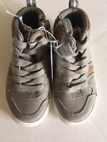 B11 Toddler Boys Cat and Jack Gray Shoes Toddler size 5